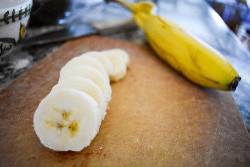 banana mash toast