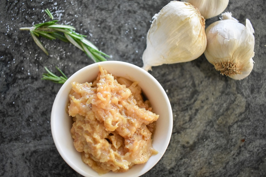 15 Ways to Use Roasted Garlic
