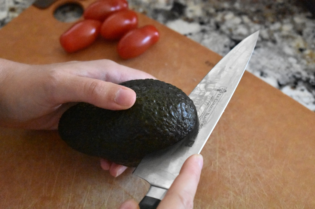 How to peel an avocado properly